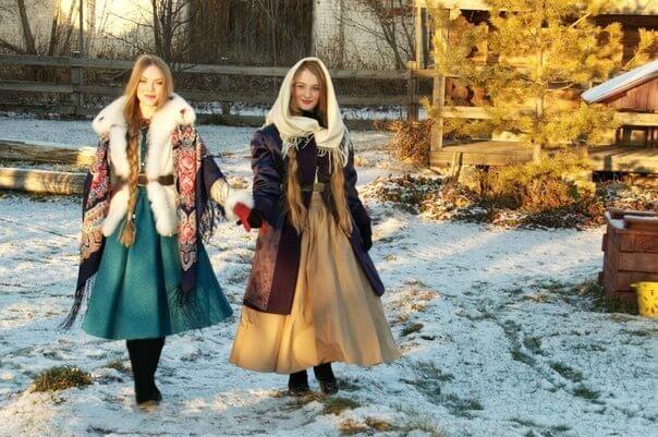 Павловопосадский платок- модный аксессуар