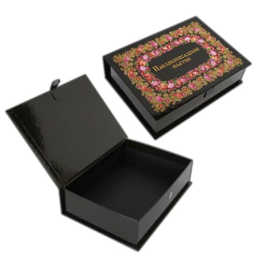 Подарочная упаковка и книги